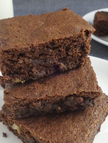 Simple and easy one bowl brownie